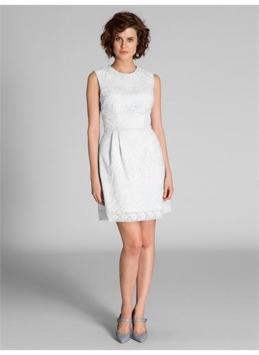 Vekem-Limited Edition Sıfır Yaka Dantel Elbise Beyaz
